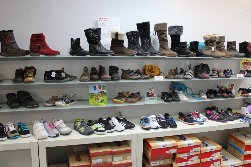 le magasin de chaussures lesueur chaussures femme homme enfant bell me dans l 39 orne. Black Bedroom Furniture Sets. Home Design Ideas